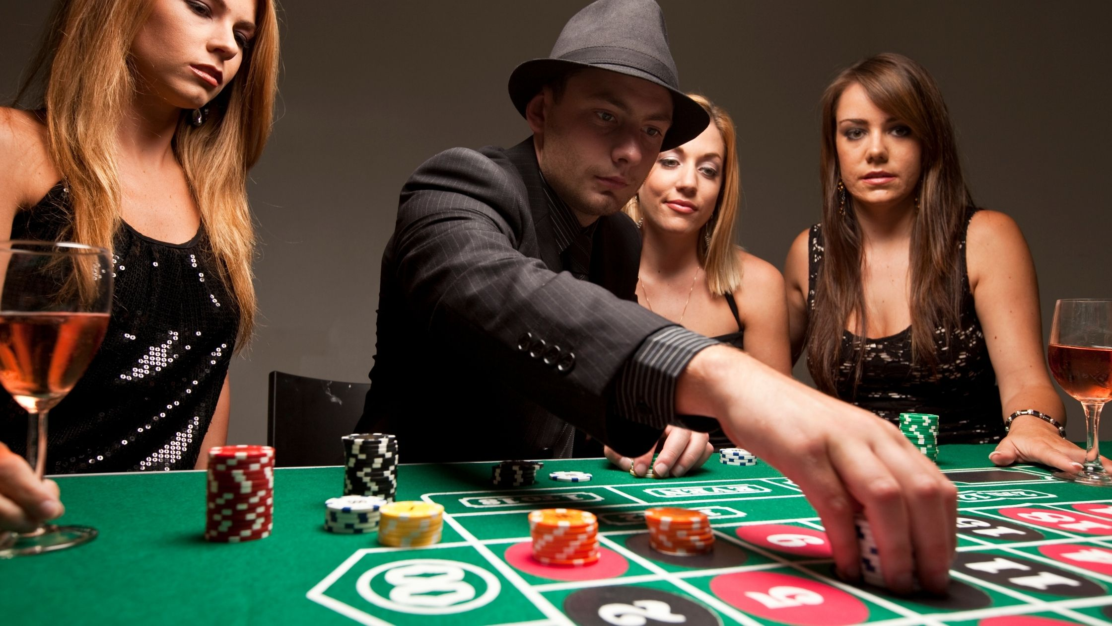 Gamblers Must Follow these Few Tips to Enjoy Risk-Free Casino Games in  Sweden | TheCasinoDaily.com